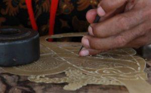cara-pembuatan-wayang-kulit