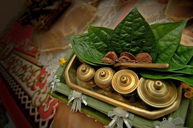 tradisi-nginang-budaya-makan-sirih