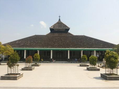 Masjid Agung Demak Peninggalan Kerajaan Demak